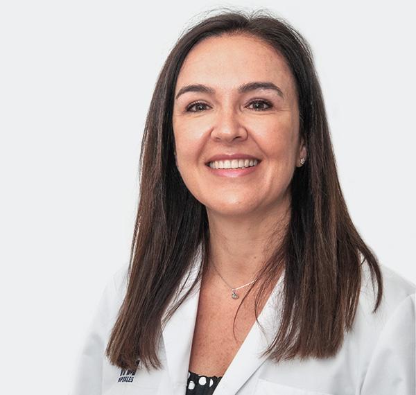 Dra. ANA ESTHER<br>DE LA ROSA
