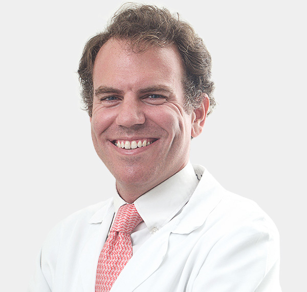 Dr. GONZALO<br>DE LA PEÑA VARELA
